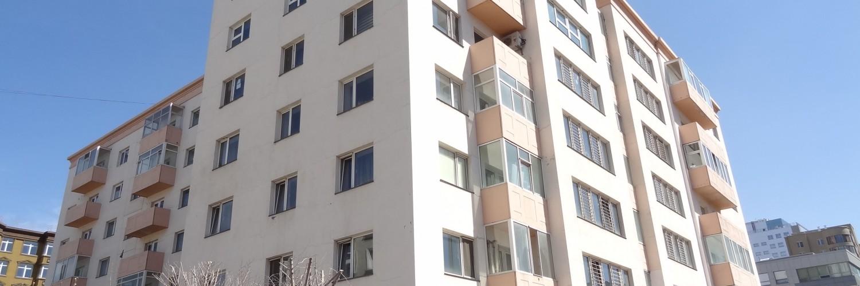 2-bedroom apartment next to Regency Residence
