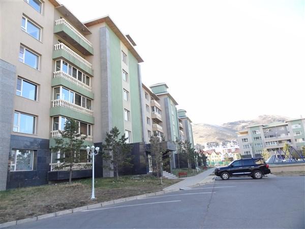 5-bedroom Duplex in Green Villa in Zaisan