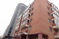 3-bedroom apartment near Bayangol Hotel