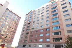 3-bedroom Apartment in Royal Castle near Emart