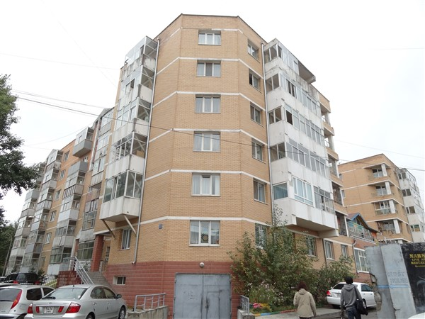 2- bedroom Apartment in 50th grocery shop, between Circus & State Department store